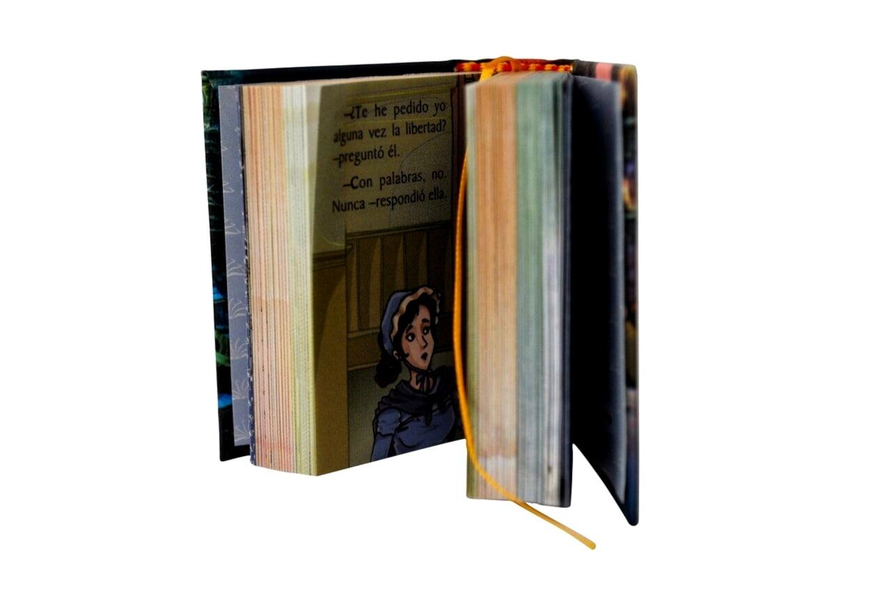 Cuento_Navidad_1-miniature-book-libro