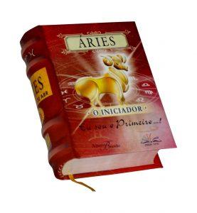 aries portugues miniature book libro